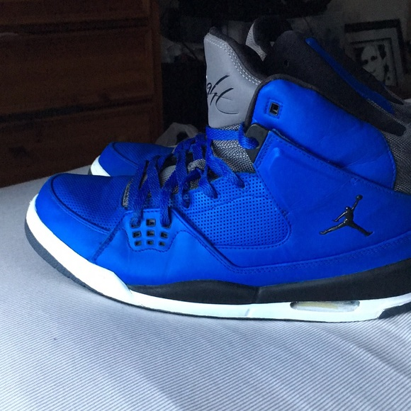 Air Jordan Flight 9 White Blue shoes